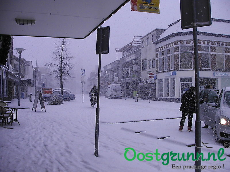 Sneeuw in het centrum Winschoten