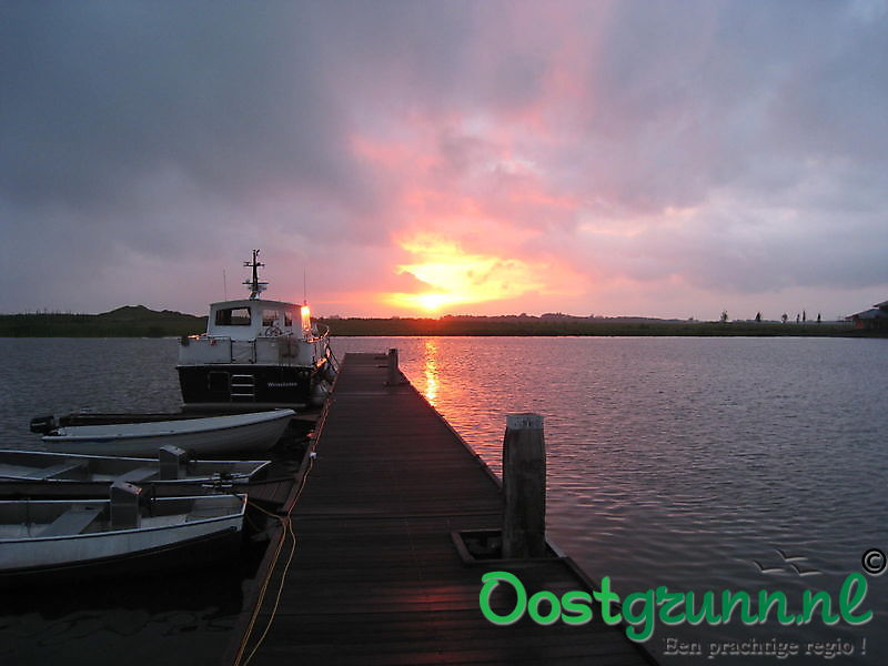 Zonsondergang in de Reiderhaven Beerta