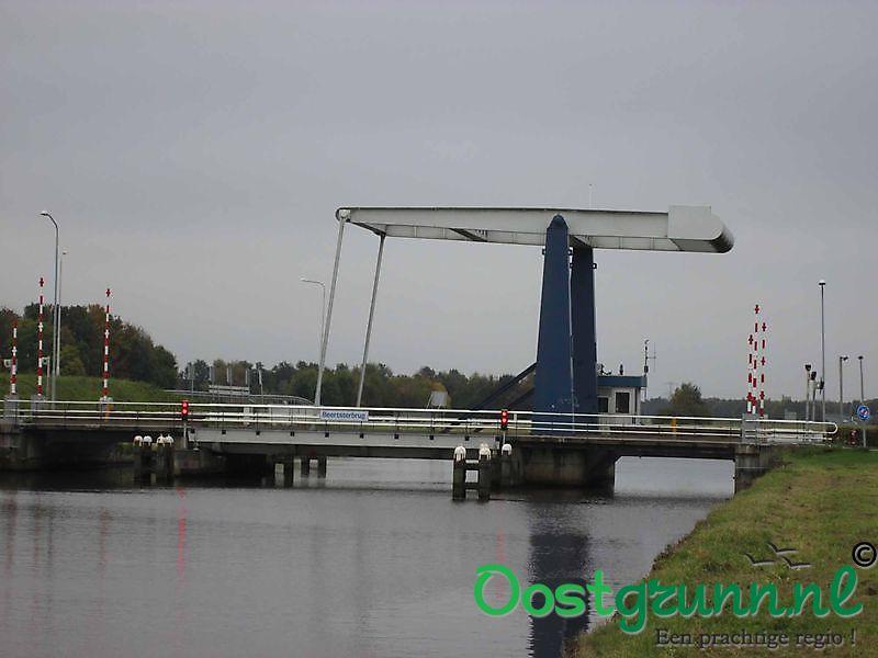 Beertsterbrug over het Winschoterdiep Winschoten