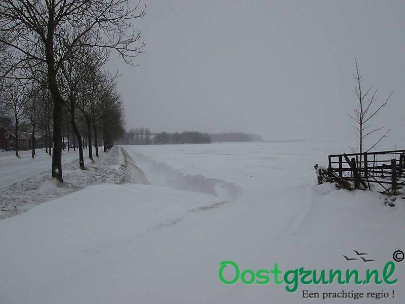 Flink pak sneeuw in Oost-Groningen Beerta