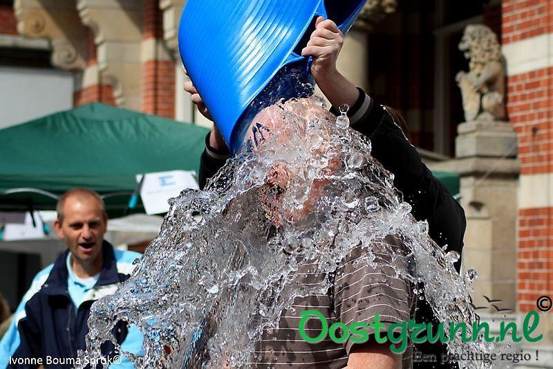 burgemeester Pieter Smit ice bucket challenge Winschoten