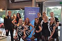Look-Around Promotieteam for Business Moms at Porsche Centrum Groningen (1) Groningen, Heel Oost-Groningen