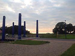Uitzicht op de sluis vanaf het terras van brasserie Old School Oostwold, Oldambt