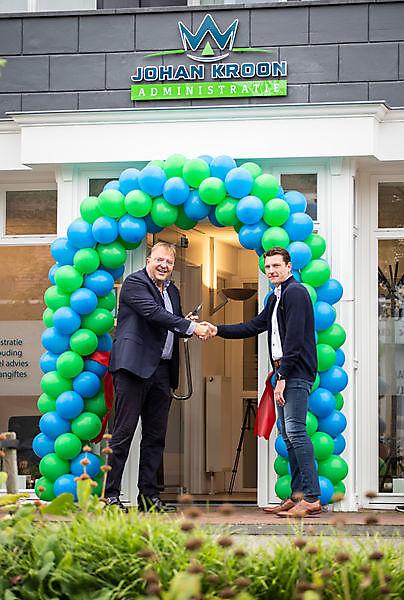 Opening nieuw pand Johan Kroon Administratie in Winschoten