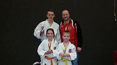 Prima resultaten met veel goud voor Judoschool Oost-Groningen. Finsterwolde