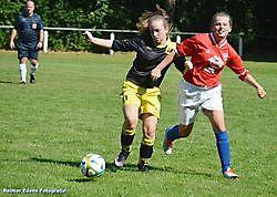 Nieuwe meisjes team Bellingwolde Oost-Groningen